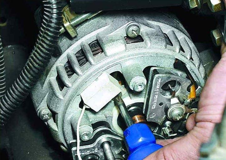 avtomobilnyj-generator-remont