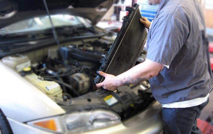 remont-zamena-radiatora-v-avto
