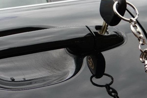 vskritie-zamkov-avtomobilya