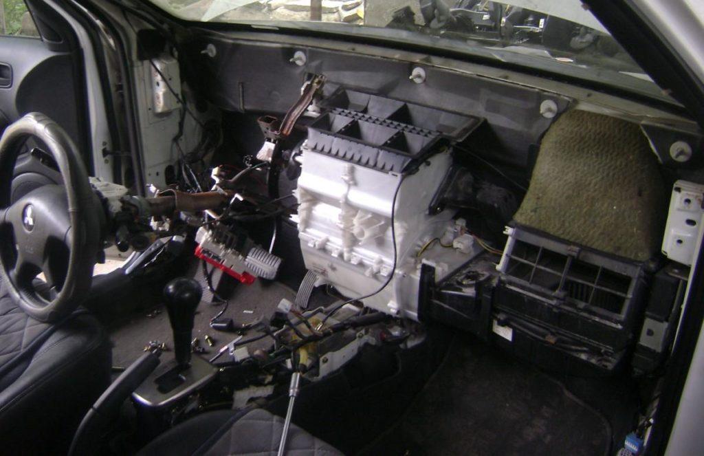 remont-avtomobilnoi-pechki